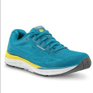 Women's Topo Athletic Fli-Lyte 3  Running Shoes